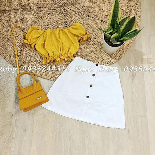Set áo vàng và chân váy trắng