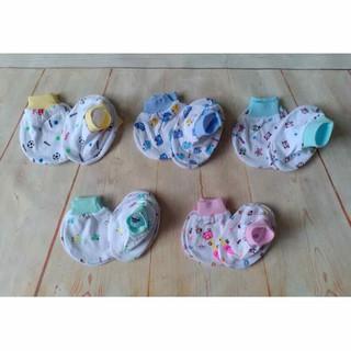 Bao tay,chân-Set 5 đôi bao tay chân bo trắng in hình MH cho bé sơ sinh 0-6 tháng