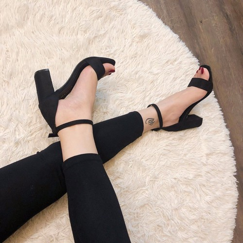 Giày sandal gót nỉ trơn