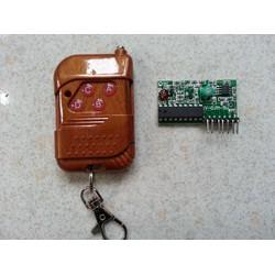 Bộ điều khiển từ xa RF 315Mhz 4 kênh PT2272 M4