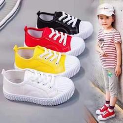 [Bata] Giày thể thao bé trai,bé gái, vải mềm đế cao su rất êm .Được kiểm tra hàng và đi thử hàng