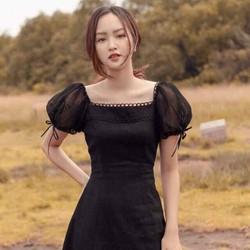 Đầm cổ vuông tay phồng