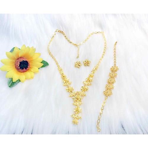Set bộ trang sức cưới dát vàng 24k - 12909245 , 21489160 , 15_21489160 , 500000 , Set-bo-trang-suc-cuoi-dat-vang-24k-15_21489160 , sendo.vn , Set bộ trang sức cưới dát vàng 24k