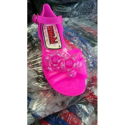 [ siêu sale ] giày sandan chống trơn trượt cho bé gái hàng vnxk - 13303687 , 21474969 , 15_21474969 , 90000 , -sieu-sale-giay-sandan-chong-tron-truot-cho-be-gai-hang-vnxk-15_21474969 , sendo.vn , [ siêu sale ] giày sandan chống trơn trượt cho bé gái hàng vnxk