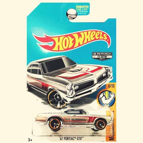 Xe mô hình hot wheels