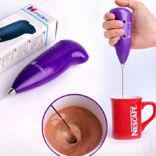 Dụng cụ đánh trứng và tạo bọt cà phê tiện lợi