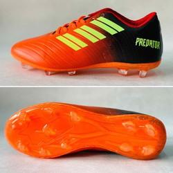 Giày đá bóng sân lớn