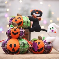 Mèo bí ngô nhồi bông trang trí Halloween