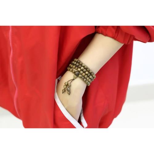 Vòng đeo tay trầm hương núi tự nhiên - 19844281 , 25006759 , 15_25006759 , 270000 , Vong-deo-tay-tram-huong-nui-tu-nhien-15_25006759 , sendo.vn , Vòng đeo tay trầm hương núi tự nhiên
