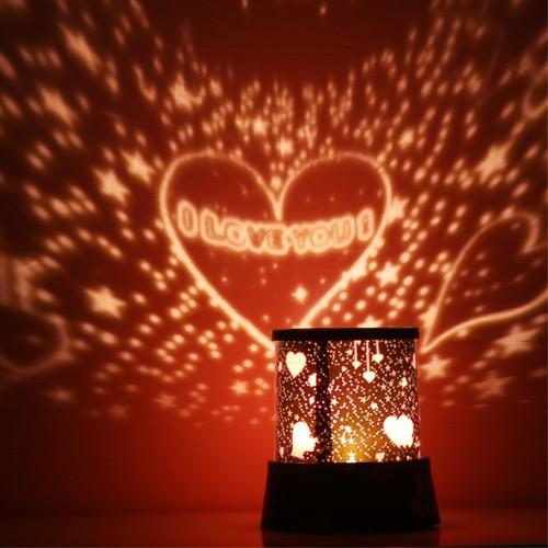 Đèn led chiếu phòng lãng mạn