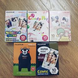 Hộp Film Fujifilm Instax Mini 10 tấm  - comic