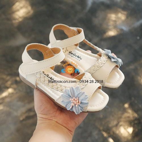 Dép sandal gắn hoa cho bé gái - 19896342 , 25068430 , 15_25068430 , 237000 , Dep-sandal-gan-hoa-cho-be-gai-15_25068430 , sendo.vn , Dép sandal gắn hoa cho bé gái