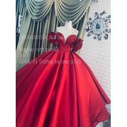 áo cưới phi đỏ đô tay ngang hoa hồng xoắn tay ngang đỏ đô