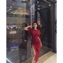 Đầm đỏ tà xéo