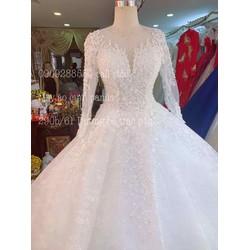 áo cưới trắng tay dài trắng phale ngày cưới