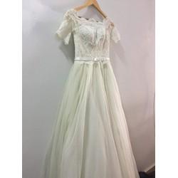 Trang phục cưới nhẹ nhàng