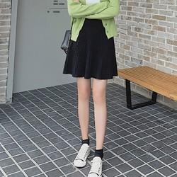 Chân váy len xòe màu trơn Mã: VN908