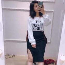 Set áo và chân váy xẻ sexy
