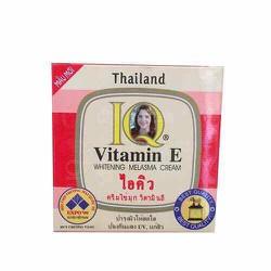 Kem Dưỡng Da IQ Vitamin E Whitening Melasma Cream 15g