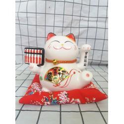 Mèo Thần Tài bàn tính cao 15 cm bằng sứ sử dụng pin hoặc điện đều được