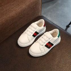 Giày trắng trẻ em 3 - 9 tuổi họa tiết thêu Ong đế êm da mềm XL27-Trắng [Ảnh thật]