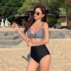 Bikini 2 mảnh áo kẻ sọc quần cạp cao