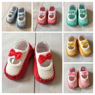 Giày vớ đính nơ cho bé gái 2-5 tháng
