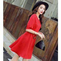 Đầm voan xòe cổ tim đỏ thời trang