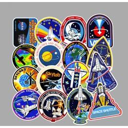 Sticker NASA nhựa PVC không thấm nước, dán nón bảo hiểm, laptop, điện thoại, Vali, xe, Cực COOL #54