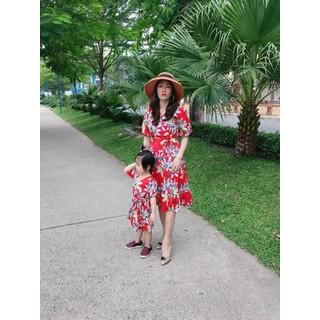 Đầm đôi mẹ bé hoa đỏ cao cấp-Đủ size-Hình chụp thật - MB hoa đỏ thumbnail