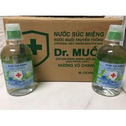 Nước Súc Miệng Dr. Muối Hương Vỏ Chanh được làm từ 100% muối biển tự nhiên (12 chai 500mml/ thùng)