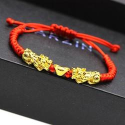 Vòng đeo tay dây đỏ Tì Hưu Mạ V18K may mắn, mang đến Bình An, An Yên cho Người lớn, trẻ em
