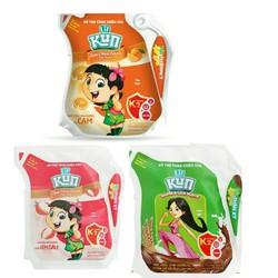 Thùng 24 túi sữa chua uống 110ml trẻ em thích nhất hiện nay SX 3.2021