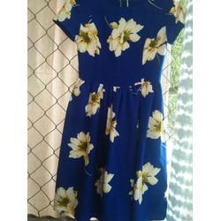 Đầm hoa xanh