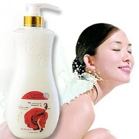 (Date:01/2023) [HƯƠNG THƠM NGẤT NGÂY] 01 Chai x 1000ml Sữa tắm trắng da Cao Cấp Salome Vitamin E xuất Pháp. - 01 Chai x 1000ml