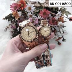Đồng hồ đôi RD C012800 món quà nhắn nhủ hãy trân trọng mỗi phút giây được ở bên nhau