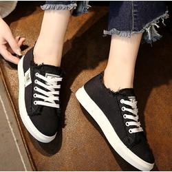 giày nữ cổ thấp đen đế trắng – dây buộc