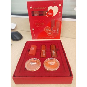 Set makeup 5 món KissBeauty - YB20227