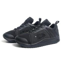 Giày sneaker nam full đen MT573 đế cao su bền bỉ