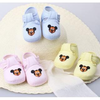 Giày tập đi cho bé hình micky