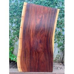bàn gỗ me tây dài 1.6m x rộng 0.85m x dày 0.05