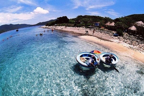 Kinh nghiệm du lịch đảo Hòn Mun tự túc đường đi, giá vé