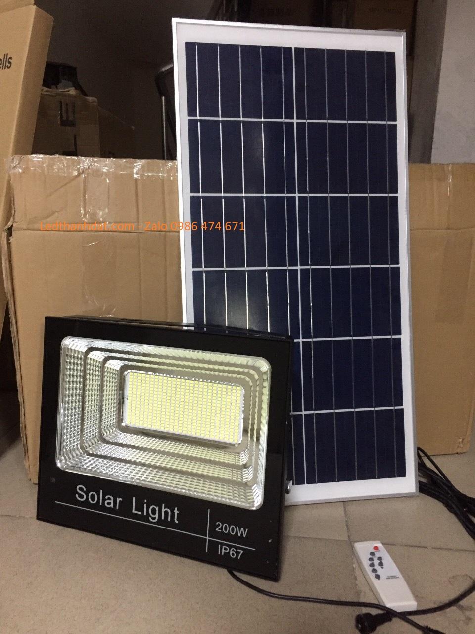 Đèn năng lượng mặt trời TD