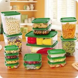 Bộ 17 hộp nhựa đựng thực phẩm với các kích cỡ khác nhau giúp bạn có thể thoải mái đựng được các loại thực phẩm sống, chín hay đồ khô thật gọn gàng, an toàn và khoa học