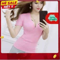 Áo thun nữ xẻ ngực hàng quảng châu