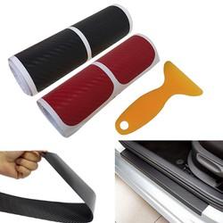 Decal carbon dán trang trí bảo vệ bậc cửa xe ô tô (cuộn 4 miếng)