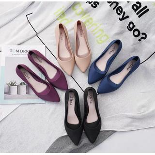Giày Nhựa Đi Mưa Thanh Lý 4 Màu Form Nhỏ Lấy Tăng Lên 1Sz - Giy nha do i ma 4 mu thumbnail