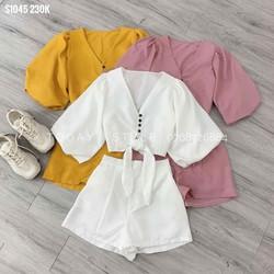 Bộ áo và quần ngắn nữ
