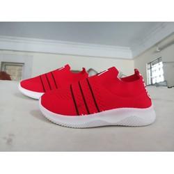 Giày lười trẻ em vải 3 sọc đỏ