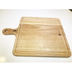 Thớt gỗ vuông có tay cầm và rãnh, khắc chữ thực phẩm chín